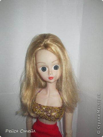 Привет всем! Я наверно единственная кто не сшил школьную форму для кукол... Но , зато я сшила другие наряды. А какие смотрим ниже▼ фото 7
