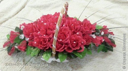 """И вот мой первый букет!!! Сделала для свекрови на юбилей, она у нас садовод-любитель, каких цветов у нее только нет, поэтому решила сделать цветочный букет с ее любимым """"Осенним вальсом"""". Не забудьте, это мой первый букет, поэтому не судите строго. большое спасибо: - Endy https://stranamasterov.ru/node/406889?c=popular_inf_1707 - Svetik629 https://stranamasterov.ru/node/628433?c=popular_inf_1707    фото 1"""