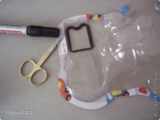 В нашей кухне для куколок не хватает микроволновки. Так, что сегодня куколки поехали в магазин техники.  фото 5