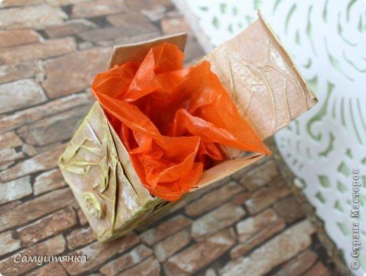 Первый опыт в декорировании коробочки. Для декупажа использовала бумажные пакеты ) фото 5