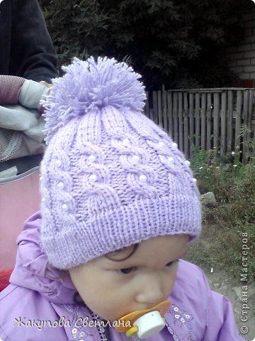 Вот такую шапочку я связала для дочи)) Оцените)