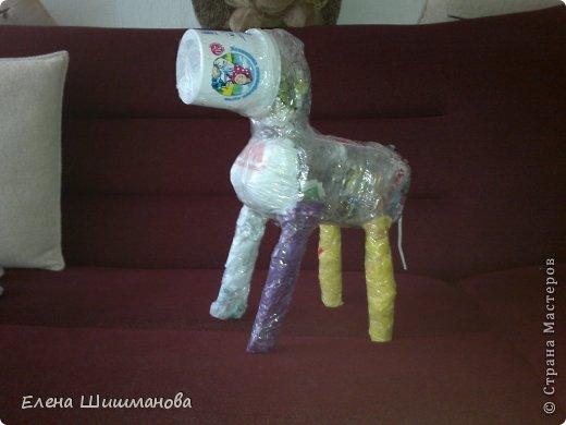 Такой слоник из монтажной пены украсит и площадку в детском саду, и будет радовать вас на даче фото 2