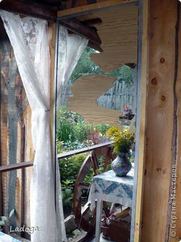 Зеркала в саду это новое в садовом дизайне. Они расширяют пространство, создают иллюзию и маленький сад превращается в большой.  фото 5