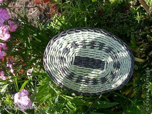Поделка изделие Плетение Мои корзинки Бумага газетная Трубочки бумажные фото 10