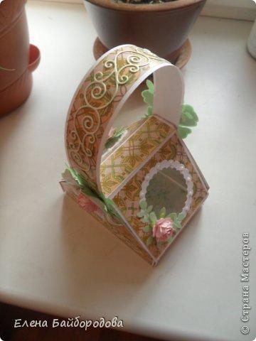 Привет всем жителям Страны Мастеров! Хочу показать свои новые рукоделочки. Начну с коробочки-корзинки. Делала по этому МК http://inkido.blogspot.ru/2010/11/tutorial-pa-gave-box.html фото 3