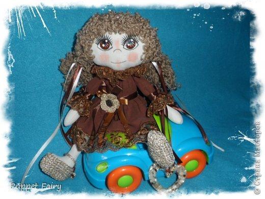Привет всем!!! У меня новая куклёнишна... Начала шить КоФеюшку, а она сказала, что хочет быть Шоколадкой и все тут!!! Вот такая вот девочка.... фото 6