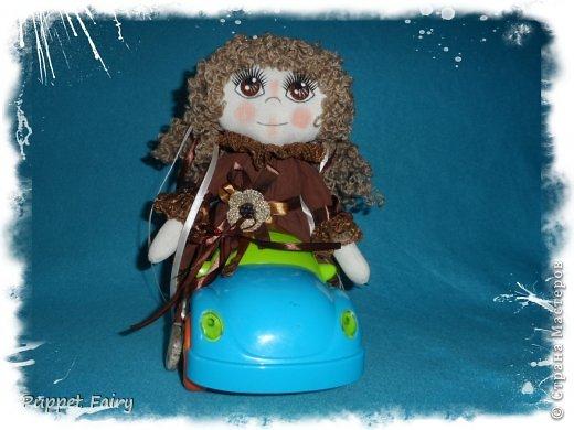 Привет всем!!! У меня новая куклёнишна... Начала шить КоФеюшку, а она сказала, что хочет быть Шоколадкой и все тут!!! Вот такая вот девочка.... фото 8