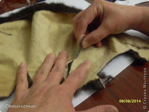 Доброго времени суток, жители Страны. Недавно я показывала шарфик с меховыми помпонами, а сегодня хочу показать,как я их делала.Может кому-нибудь пригодится.... фото 5