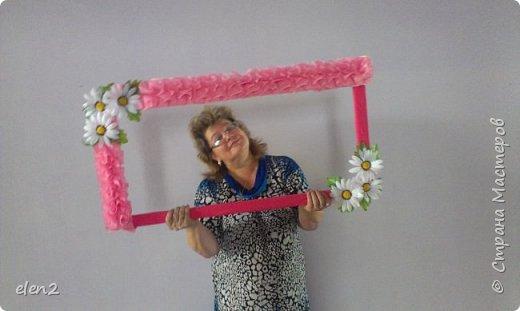 Сундучок, сделан  своими руками. Сделала по просьбе невесты,которая не хотела бросать букет.Ей хотелось спрятать в сундучок. фото 2
