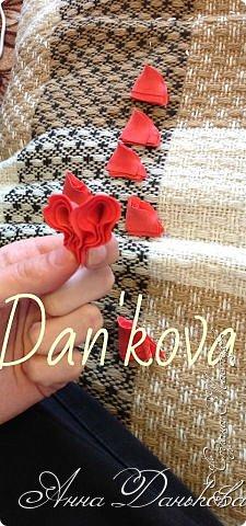Поделка изделие Моделирование конструирование Мастер-класс Чайно-гибридная пионовидная роза из фоамирана с круглой серединкой Фоамиран фом фото 5