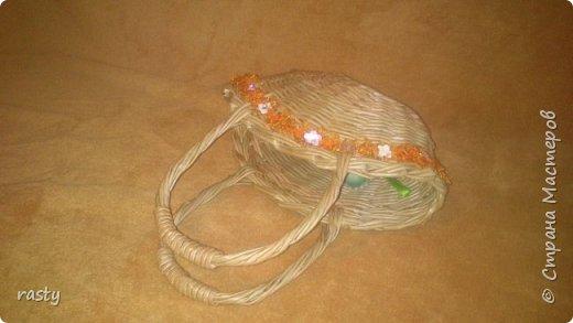 В этой статье я покажу новые работы и несколько старых в разных техниках.   Плетеная сумочка а-ля fannas (https://stranamasterov.ru/node/766529) сплетена в подарок маленькой девочке : фото 3