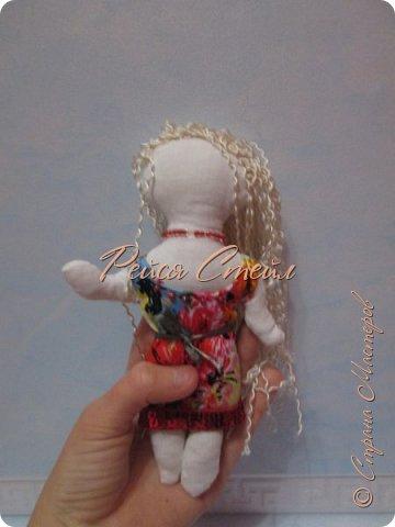 Это кукла Алиса, первая моя самодельная кукла. Сшить куклу я хотела давно, но осуществить мечту получилось только сейчас.  фото 5