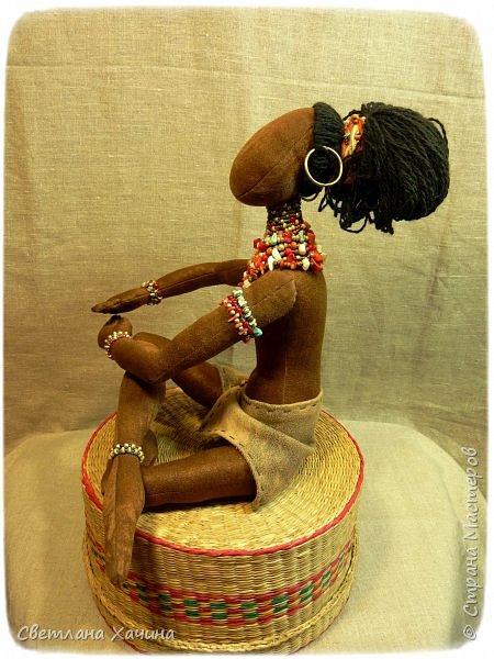Вот, дозрела ягодка! Готова наша Афро-девица. Вообще-то планировался парень, но получилось, как всегда... кукла сама решила кем ей быть и весь свой облик. Знакомьтесь.  фото 6