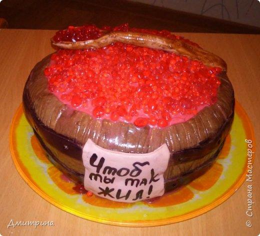Здравствуй, Страна! Налепила тортиков, решила похвастаться. Заказчикам понравилось.  Торт с цветами. Вес 2,2 кг. Внутри рафаэлло. фото 3
