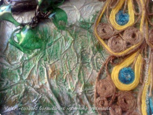 Картина панно рисунок Аппликация Ассамбляж Моделирование конструирование Шитьё Павлин-джутовая филигрань и   Бумага Бутылки пластиковые Клей Краска Материал бросовый Проволока Ткань Шпагат фото 6