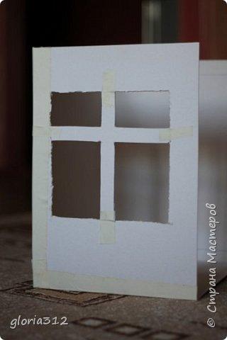 """Румбокс (roombox: room-комната, box- коробка).   Материалы: -Макетный картон -Скрап-бумага -Белый акрил -Лак-олифа для дерева, """"красное дерево"""" -Ткань (полупрозрачный шифон) -Шпажка для барбекю -Клей ПВА -Скотч широкий -Канцелярский ножик -Ножницы фото 5"""