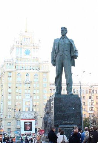 Всем привет! Очень соскучилась. Переместилась в блог, здесь стала редким гостем, но место все равно любимое, которое не забываю. У меня новости, переехала в Москву, полюбила этот город и хочу показать кусочки красоты в фотографиях. На первом фото Патриарший, тот самый, Булгаковский. фото 3