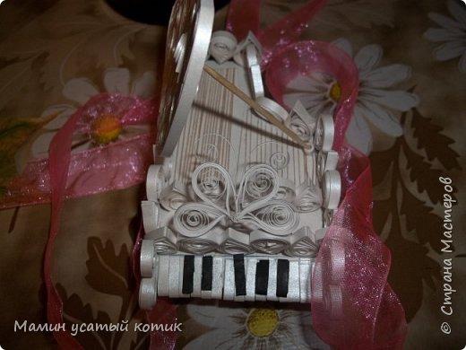 """Привет СМ!) скоро День рождения моей троюродной сестры) Недавно она увидела мой предыдущий рояль и очень захотела похожий. Я же сказал, что больше я за это не возьмусь. Она поверила, ха (!), наивная.. Вот """"плод"""" моего труда:) фото 2"""