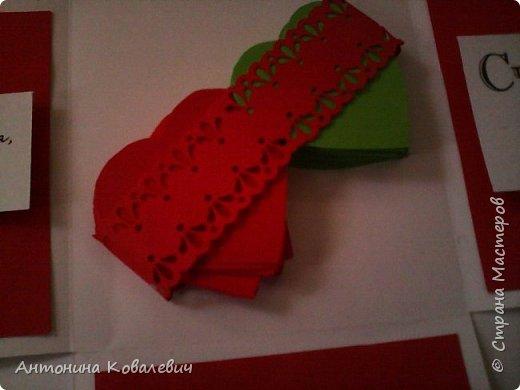 Вот такая вот коробочка. Любимый цвет невесты красный, поэтому и сама коробочка красная. Думала сегодня уже не выложу, но успела. Это моя первая шкатулочка) Фото очень много!!! фото 19