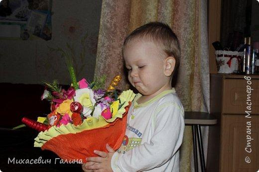 Сегодня у меня две работы! букет для сына на первое сентября,а композиция для очень хорошего человечка у которого я покупаю свои любимые цветы и добавки для моих творений фото 11