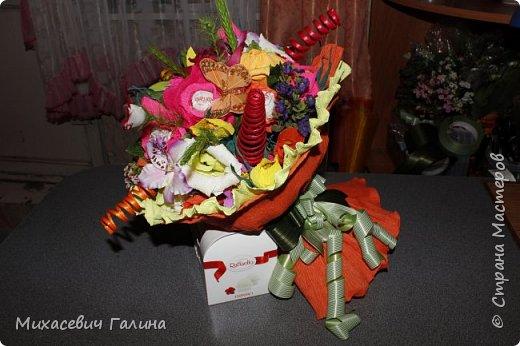 Сегодня у меня две работы! букет для сына на первое сентября,а композиция для очень хорошего человечка у которого я покупаю свои любимые цветы и добавки для моих творений фото 4