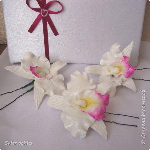 Доброго времени суток. Решила похвалиться своими новыми работами. Первые орхидей для прекрасной Веры. Нежнейшая невеста решила устроить свадьбу в орхидеях цвета фуксии. Вот такой каламбур:))) фото 1