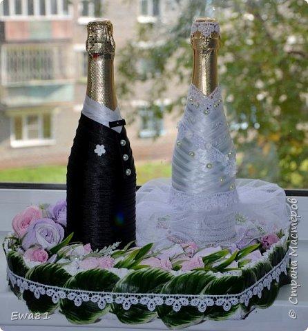 """Всем привет!!! Сегодня хочу показать вам свадебные бутылки с шампанским, очень мне понравилась работа Алены """"Подарок на рубиновую свадьбу"""" https://stranamasterov.ru/node/797835 а тут как раз заказали мне такие бутылки и вот что вышло, сразу хочу извинится за фон , солнца нет совсем, выглянет на 2-3 минуты и прячется, фотографировала  на подоконнике ) фото 2"""