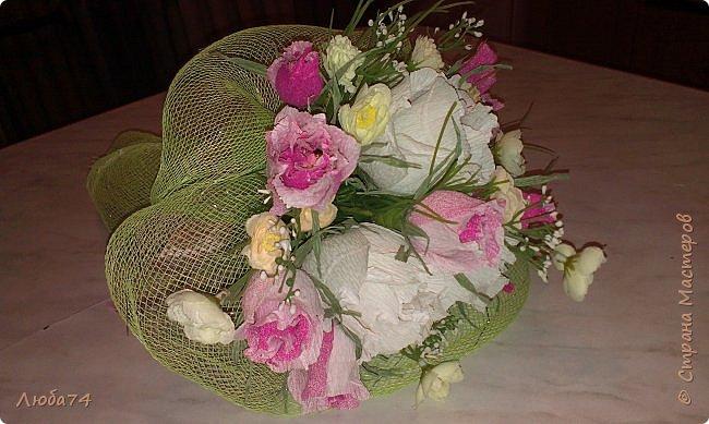 Добрый вечер! Вот такой подарок у меня получился к дню бракосочетания. брату моего мужа. Свадебная открытка и букет сладких роз. Немного  увлекаюсь и свит-дизайном. фото 8