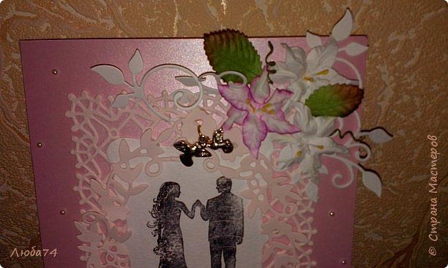 Добрый вечер! Вот такой подарок у меня получился к дню бракосочетания. брату моего мужа. Свадебная открытка и букет сладких роз. Немного  увлекаюсь и свит-дизайном. фото 4
