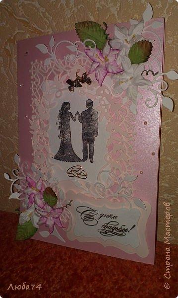 Добрый вечер! Вот такой подарок у меня получился к дню бракосочетания. брату моего мужа. Свадебная открытка и букет сладких роз. Немного  увлекаюсь и свит-дизайном. фото 3