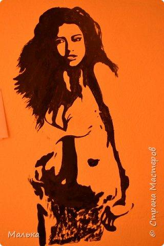 Девочки...всем привет!!!  Сто лет ничего не размещала на сайте...соскучилаааась))) И вот вчера я  начала делать ремонт в комнате старшего сына...вот обои выкрасила и решила нарисовать новую девочку на стене(раньше была другая...в моем же исполнении))) ну и соответственно решила вам показать что получилось...так сказать на суд людской свои художества)))...рядом картинка висит с которой срисовывала... фото 3