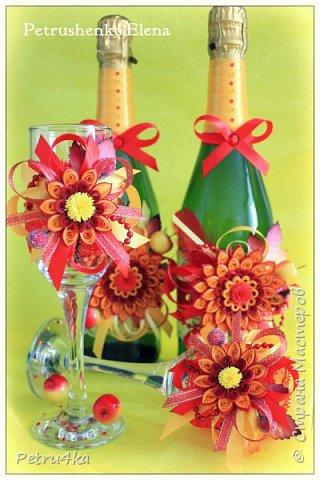 Добрый вечер дорогие мастерицы! Заказали мне украсить бутылочки и бокалы на свадьбу. У ребят свадьба вся в  осеннем стиле с красно-желтыми яблочками. Вот такое чудо я успела сделать, заказчица была очень довольна. фото 1