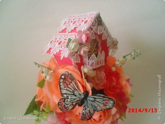 Вот такой домик на деревце для феечки я сделала в подарок для девочки. Внутри домика положила розовые конфетки. фото 7