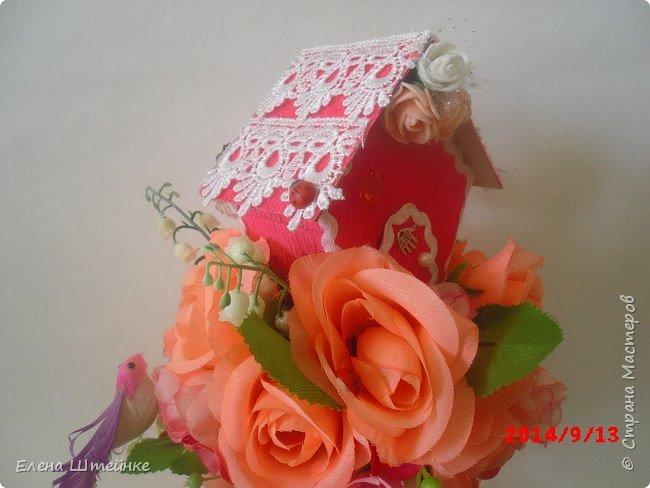 Вот такой домик на деревце для феечки я сделала в подарок для девочки. Внутри домика положила розовые конфетки. фото 10