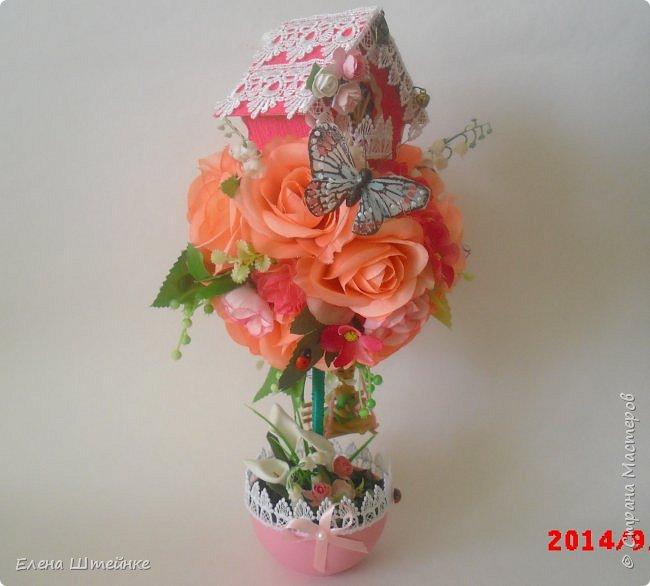 Вот такой домик на деревце для феечки я сделала в подарок для девочки. Внутри домика положила розовые конфетки. фото 14