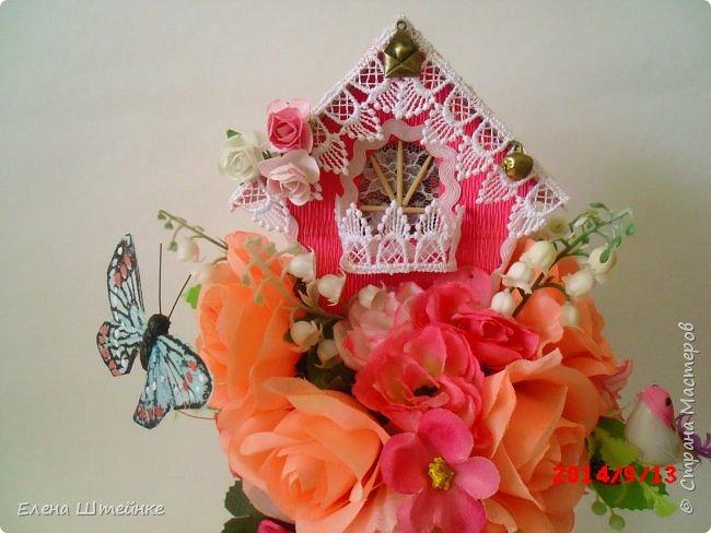 Вот такой домик на деревце для феечки я сделала в подарок для девочки. Внутри домика положила розовые конфетки. фото 5