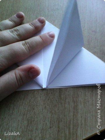 """Привет всем,кто заглянул ко мне в гости! :) Это мой 1 блог)) Однажды на одной сайте(не помню на каком) я увидела:""""Как сделать цветок из бумаги?"""" Делается в технике оригами,только нам понадобятся ножницы :) фото 5"""