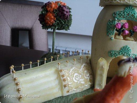 Здравствуйте, гости дорогие!!! Хочу удивить Вас нашим райским уголком из овощей! Поделка на Праздник Осени в начальную школу. Мне нравится, когда в поделке есть сюжет, не просто одна фигура, а целая композиция, какая-то история. Правда в прошлом году мы расслабились, просто коляску с младенцем сделали, но тоже неплохо получилось. фото 8