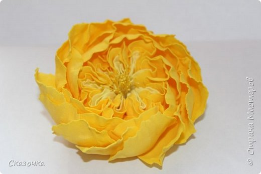 Еще одна брошь в подарок мамочке. У нее на День Рождения 55-ти летие будет черный с желтым наряд. Готовится :) фото 3