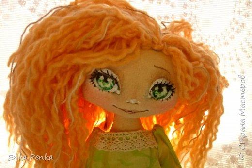 Новая девочка. Самая настоящая кукла. Платье и бант снимаются. Извиняюсь за качество фото.  фото 5
