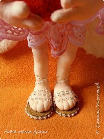 Привет! Это мой первый ангел, рождался нууу ооооочень долго... Выставляю, жду комментариев фото 4