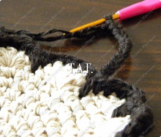 Мастер-класс Поделка изделие Новый год Вязание Вязание крючком Облачко на ножках бегает по дорожке  Бусины Клей Нитки Пряжа фото 12