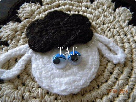 Мастер-класс Поделка изделие Новый год Вязание Вязание крючком Облачко на ножках бегает по дорожке Бусины Клей Нитки Пряжа фото 24
