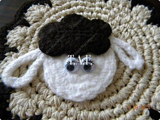 Мастер-класс Поделка изделие Новый год Вязание Вязание крючком Облачко на ножках бегает по дорожке  Бусины Клей Нитки Пряжа фото 27
