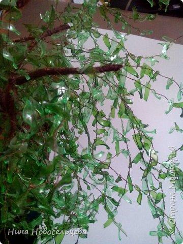 Добрый день! Меня попросили рассказать как я делаю веточки для своих деревьев. Это мой первый мастер класс, если что то не так, пожалуйста скажите, я все замечания приму к сведению. Эти деревца сделаны из пластиковых бутылок.  фото 7
