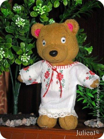 """Здравствуйте, дорогие жители и гости """"Страны Мастеров""""! Давно не виделись)  С удовольствием представляю Вашему вниманию мою последнюю работу - народный украинский костюм для моей любимой Мишутки Даринки. Надеюсь, что Вы уже знакомы с ней и ее уютным домиком. Если нет - Добро пожаловать в гости http://stranamasterov.ru/node/713606 фото 4"""