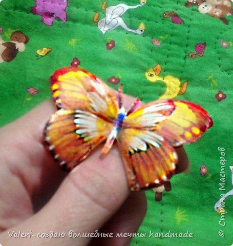 Мастер-класс Поделка изделие Декупаж Декупажные объёмные бабочки Бутылки пластиковые Краска Салфетки фото 12