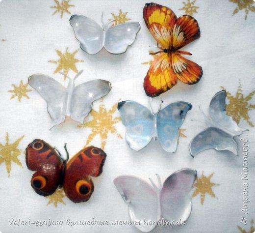 Мастер-класс Поделка изделие Декупаж Декупажные объёмные бабочки Бутылки пластиковые Краска Салфетки фото 8