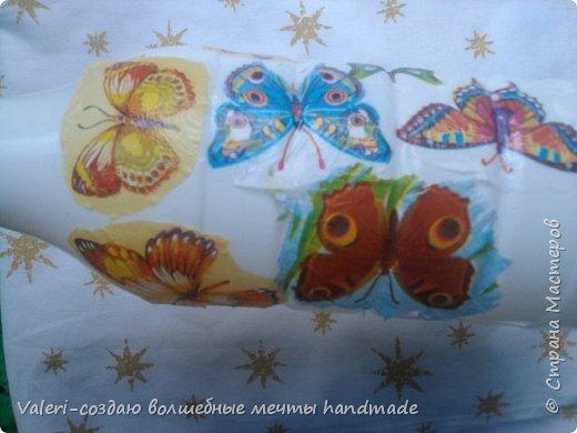Мастер-класс Поделка изделие Декупаж Декупажные объёмные бабочки Бутылки пластиковые Краска Салфетки фото 5