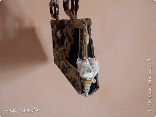 Ткань- остаток подола от моей юбки, с которой и будет теперь в комплекте моя сумочка. фото 6